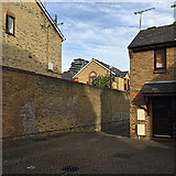 TQ3480 : Retaining wall at the end of Vinegar Street, Wapping by Robin Stott