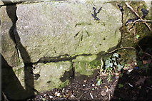 SE0125 : Benchmark on railway bridge, New Road by Roger Templeman