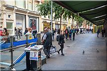 TQ2779 : London Borough of Kensington And Chelsea : Hans Crescent by Lewis Clarke