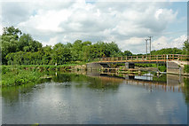 SK5815 : River and canal near Mountsorrel in Leicestershire by Roger  Kidd