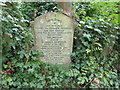 TQ2886 : A Victorian tragedy commemorated in Highgate Cemetery by Marathon