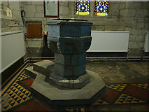 SP2160 : St James, Snitterfield - font by Stephen Craven