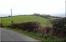 J2432 : Drumlin-top homestead by Eric Jones