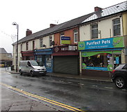 ST1494 : Purrfect Pets shop in Ystrad Mynach by Jaggery