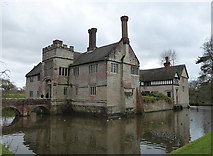 SP1971 : Baddesley Clinton - The manor and its moat by Rob Farrow