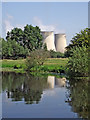 SK4928 : River and cooling towers near Ratcliffe on Soar, Nottinghamshire by Roger  Kidd