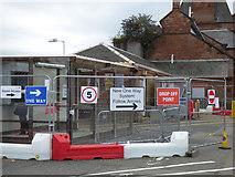 NS3421 : Temporary access at Ayr railway station by Thomas Nugent
