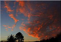 SX9065 : Sunrise, Torre by Derek Harper