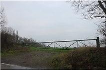 TQ4795 : Field entrance off Hoe Lane, Abridge by David Howard