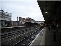 SO8555 : Main platforms, Worcester Shrub Hill station by Richard Vince