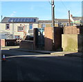 SO0101 : Ynyscynon electricity substation, Cwmbach by Jaggery