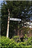 SD6210 : Old Direction Sign - Signpost by Milestone Society