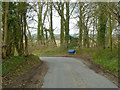 SU6515 : Bend on Dogkennel Lane by Robin Webster