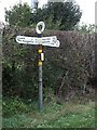 SJ2532 : Old Direction Sign - Signpost by Milestone Society