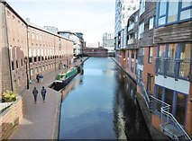 SP0686 : Birmingham, canal by Mike Faherty