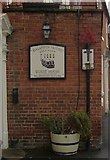 SO8171 : Old-style road sign, Lichfield Street, Stourport-on-Severn by Phil