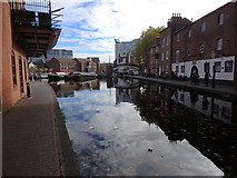 SP0686 : Gas Street Basin, Birmingham Canal, Birmingham by Rudi Winter