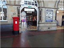 NZ4920 : Booking Hall, Middlesbrough Railway Station by JThomas
