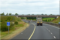 S7688 : Northbound M9 at LRI N 29.5 by David Dixon