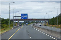 S7782 : Northbound M9 approaching Junction 4 by David Dixon