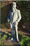 SJ9222 : Statue of WG Grace by Philip Halling