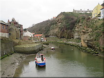 NZ7818 : Staithes Beck, Staithes by Malc McDonald