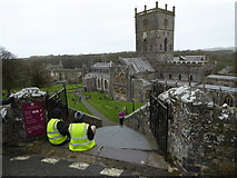 SM7525 : View to St Davids Cathedral on Marathon day by Jeremy Bolwell