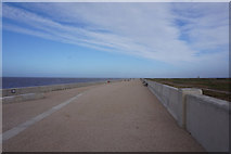 SD3146 : Promenade towards Rossall Point by Ian S