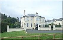 J3633 : Villa at Kidd's Corner by Eric Jones