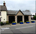 ST2787 : Grade II listed former coach house, Caerphilly Road, Bassaleg by Jaggery