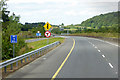 S5137 : M9 north of Junction 10 by David Dixon