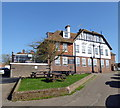 TQ9120 : Hope and Anchor Hotel, Watchbell Lane, Rye by PAUL FARMER