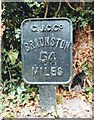 SP9114 : Old Milemarker by the Grand Union Canal, Marsworth Parish by Milestone Society