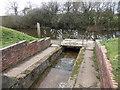 SO9868 : Overflow, Tardebigge Reservoir by Rudi Winter