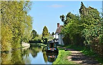SO8171 : A liveaboard narrowboat, complete with dog, at the Bird in Hand by Philip Pankhurst