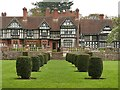 SO8698 : Wightwick Manor by Graham Hogg