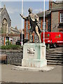 TL8683 : Thomas Paine memorial statue in King Street by Adrian S Pye