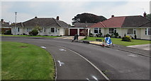 ST3049 : Bungalows opposite a bend in Westfield Drive, Burnham-on-Sea by Jaggery