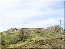J0016 : Emergency services communications mast on Croslieve by Eric Jones