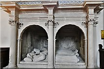 ST6834 : Bruton, St. Mary's Church: Sir Maurice Berkeley (d.1581) and his first two wives 1 by Michael Garlick