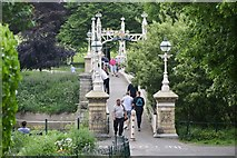 SO5139 : Victoria Bridge, Hereford by Andrew Abbott
