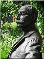 SO8055 : Statue of Sir Edward Elgar by Philip Halling
