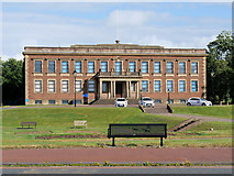 SD4364 : Morecambe Town Hall by David Dixon
