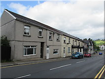 ST1599 : Row of houses, Commercial Street, Aberbargoed by Jaggery