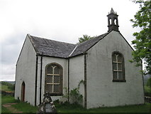 NM4339 : St Ewan's Church and war memorial, Ulva by M J Richardson