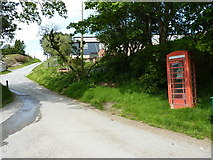 SJ1130 : K6 phone box at the track junction by Richard Law