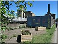 SE1537 : Relax between bridges 207D and 208, Shipley by Christine Johnstone
