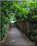 TQ5838 : Tunbridge Wells: railway remains on Upper Cumberland Walk by John Sutton
