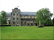 SU3521 : Romsey Abbey (Abbey Church of St Mary and St Ethelflaeda) by G Laird