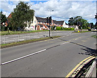 ST3091 : Malpas Road traffic lights, Newport by Jaggery